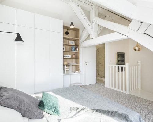Chambre mansardée ou avec mezzanine contemporaine : Photos et idées ...