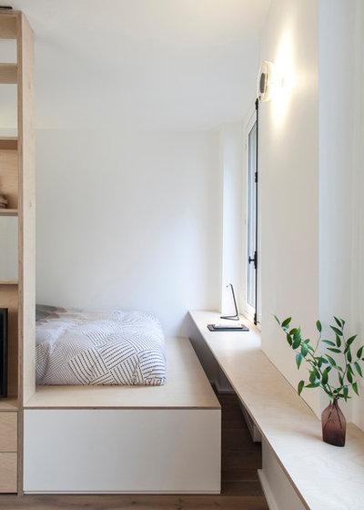 Scandinavian Bedroom by atelier daaa