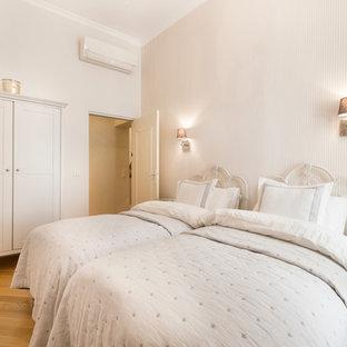 Idée De Décoration Pour Une Chambre Du0027amis Tradition De Taille Moyenne Avec  Un Mur