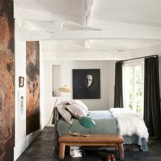 Eclectic Bedroom by d.mesure - Elodie Sire