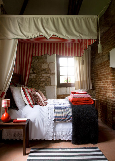 Traditional Bedroom by jean marc palisse