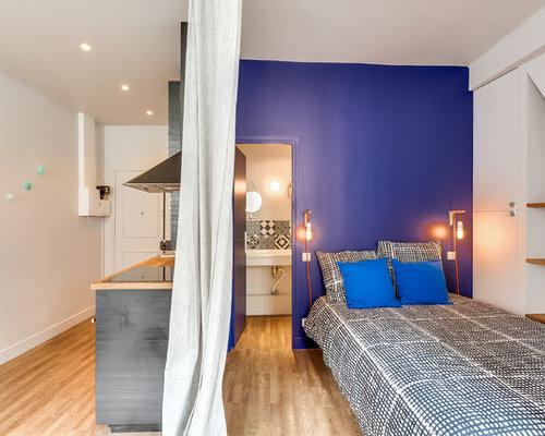 chambre adulte contemporaine avec un mur bleu photos et idées