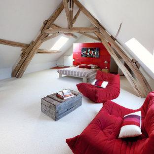 Стильный дизайн: спальня среднего размера в стиле модернизм с белыми стенами - последний тренд