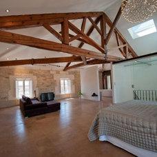 Contemporary Bedroom by renosud.com