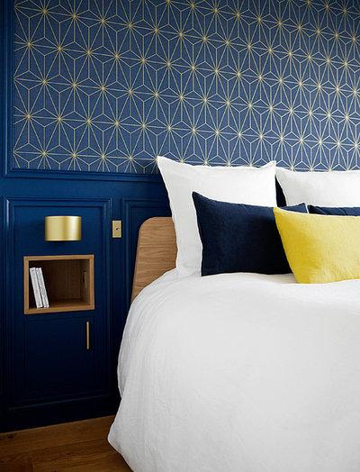 Klassisch modern Schlafzimmer by AGENCE MARN DÉCO