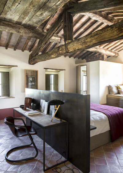 Farmhouse Bedroom by d.mesure - Elodie Sire