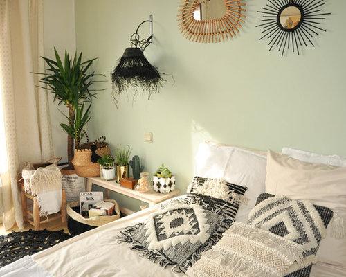 Camere Shabby Chic Foto : Camera da letto shabby chic style con pavimento con piastrelle in