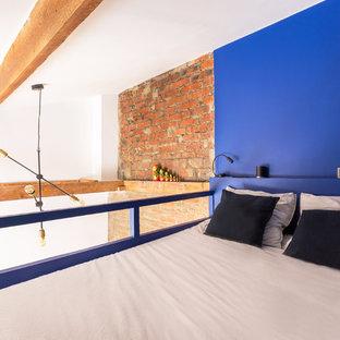 Industrial Schlafzimmer mit blauer Wandfarbe Ideen, Design & Bilder ...