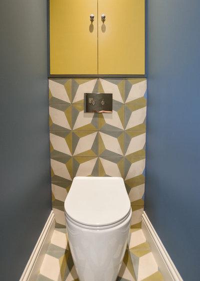Contemporaneo Bagno di Servizio by BathroomsByDesign