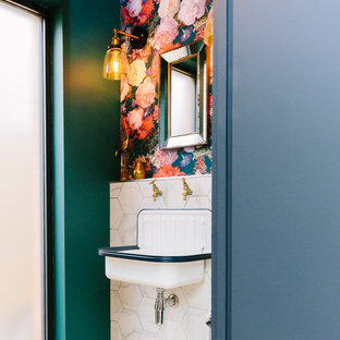 Shabby-Chic-Style Gästetoilette in London