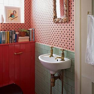 Foto på ett eklektiskt toalett