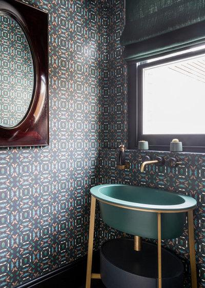 Современный Туалет by bobo design studio