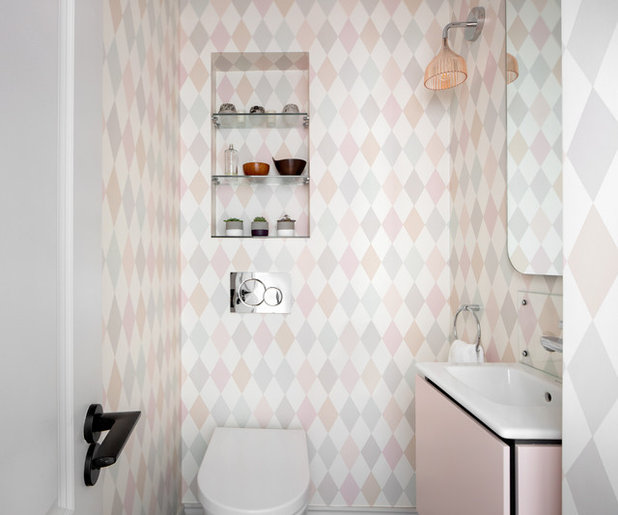 Scandinavian Cloakroom by EMR Architecture