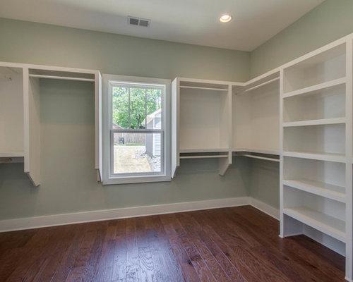 Rustic Closet Design Ideas, Remodels & Photos