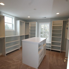 Traditional Closet by Matustik Builders, Inc.