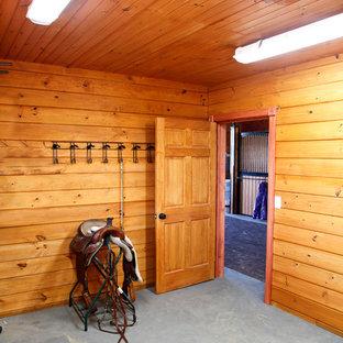 36'x72'  6 Stall Horse Barn