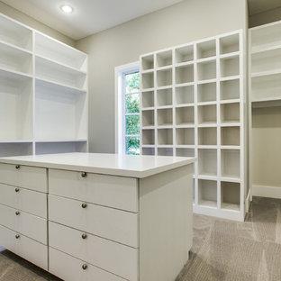 Inspiration for a modern closet remodel in Dallas