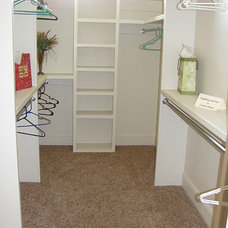 Closet by Douglas Custom Homes