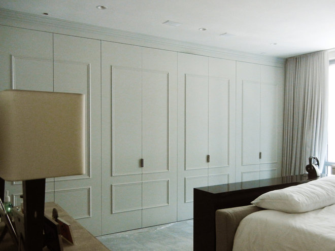 Traditional Closet by IPD Partners, Inc.