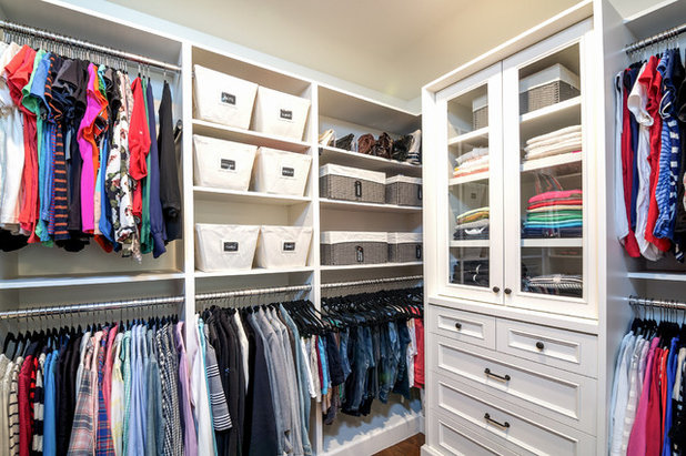 Transitional Closet by NEAT Method St. Louis
