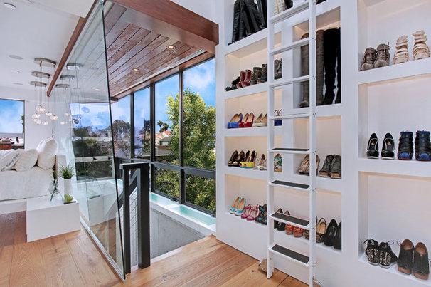Contemporary Closet by Brandon Architects, Inc.
