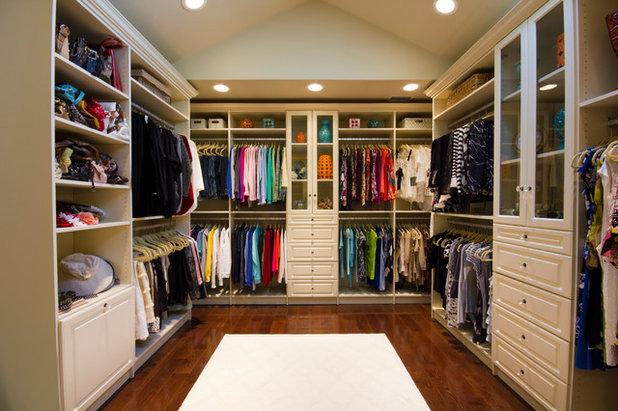 Traditional Wardrobe by Bella Systems - Custom Closets