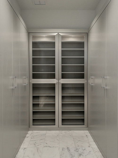 Closet Design Ideas, Remodels & Photos with Flat-Panel Cabinets and ...