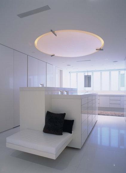 Contemporary Closet Balboa Peninsula Residence