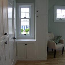 Contemporary Closet by Expert Closets - Nancy Langway