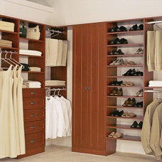 Traditional Closet by Closet Works