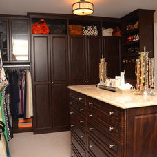 Closet by TailorCraft Builders, Inc.