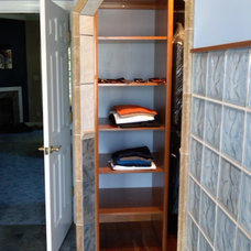 Traditional Closet by DHM Remodeling
