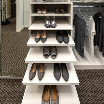 Bianco Walk-In Closet Display - Campbell Showroom