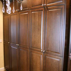 closet organizers by KDC KITCHEN & BATH GALLERY