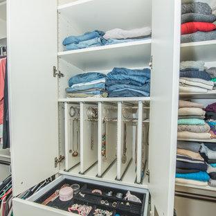 Bloomsburg - Master Bedroom Closet