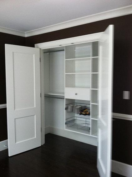 Modern Closet by Closet Solutions