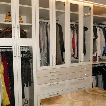 Bradenton His & Her Master Closet