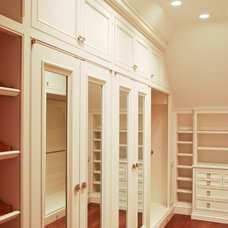 Traditional Closet by J Wilson Fuqua & Assoc. Architects