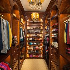 Traditional Closet by Henredon & Schoener
