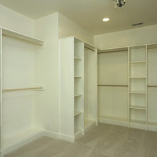 Transitional Closet by DJF Builders Inc
