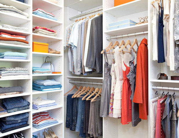 Contemporary Wardrobe by Plus Interiors