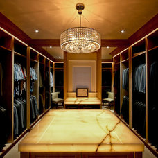 Transitional Closet by DesRosiers Architects