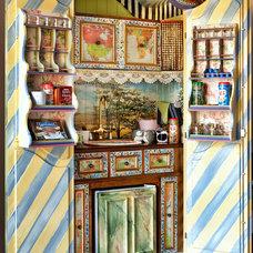 Eclectic Closet Carlton Woods
