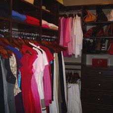 Traditional Closet Carol's Closet