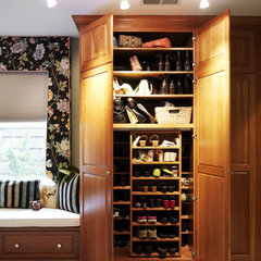 traditional closet by Case Design/Remodeling, Inc.