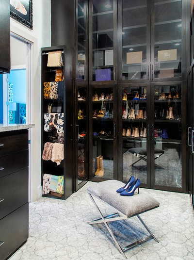 Modern Closet by By Design Interiors, Inc