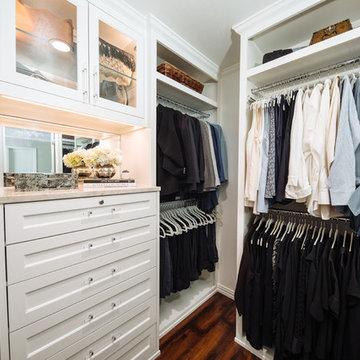 Chic White Small Closet Big Look