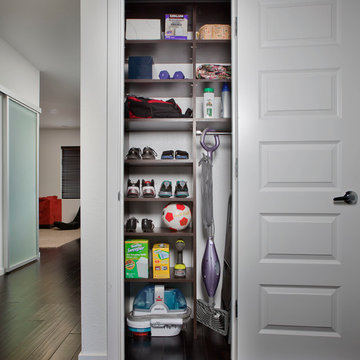 Chocolate Pear Hallway Reach-in Closet