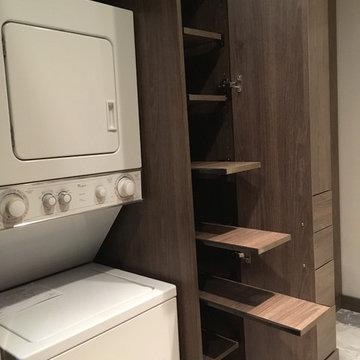 City Townhouse Master Closet & Laundry
