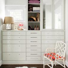 Contemporary Closet by TerraCotta Studio